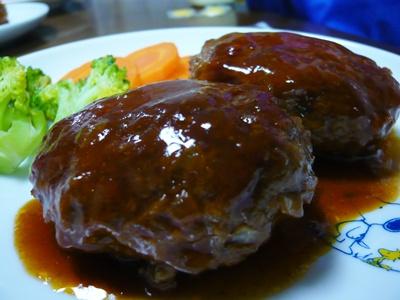 煮込み ハンバーグ ソース レシピ